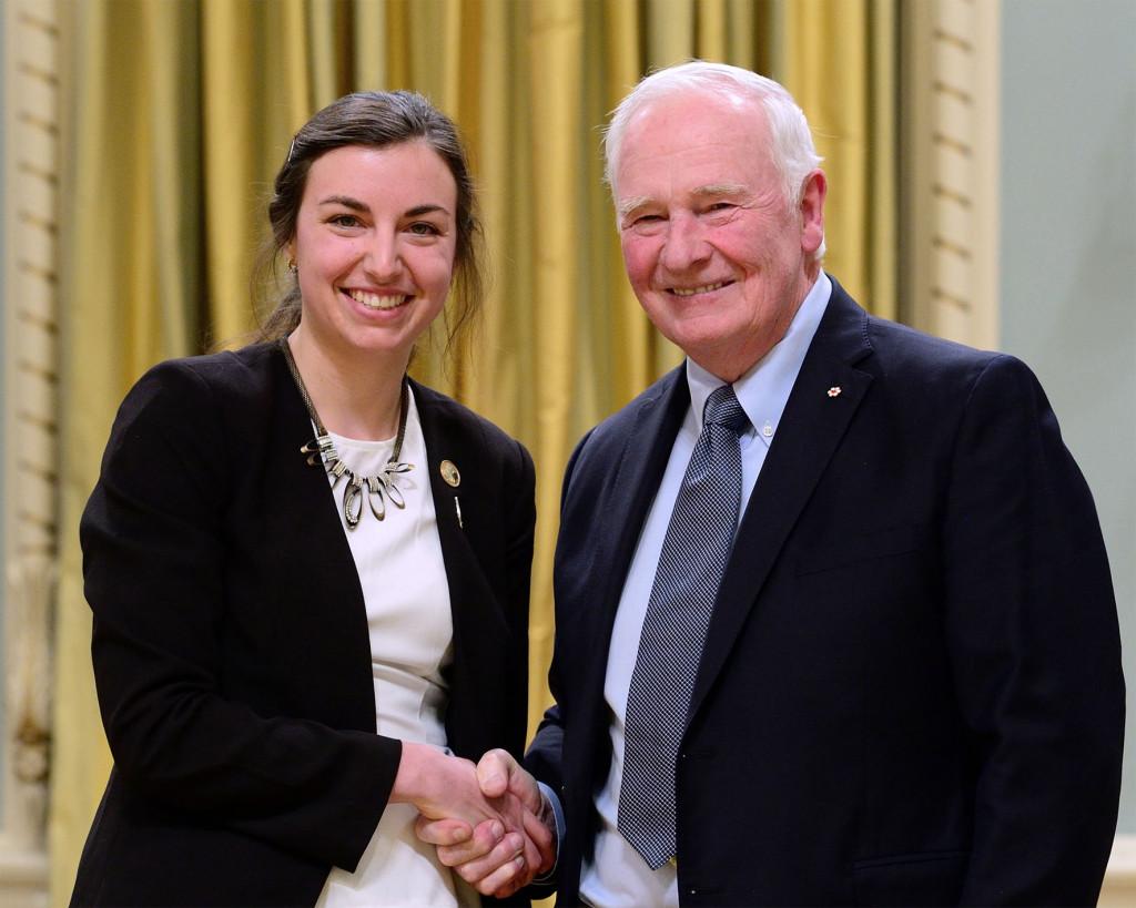 Madeleine Bonsma-Fisher, récipiendaire du Prix de doctorat Gilles-Brassard du CRSNG à la cérémonie de remise des prix canadiens du CRSNG en recherche